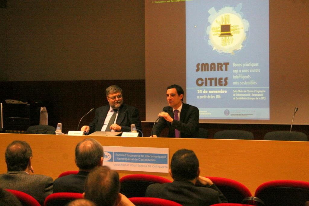 20111123_SemCiencia2011_SmartCities_EETAC+027.jpg