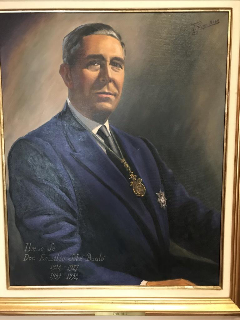 1933-1934_Sola_Y_Baulo_Emilio.jpg