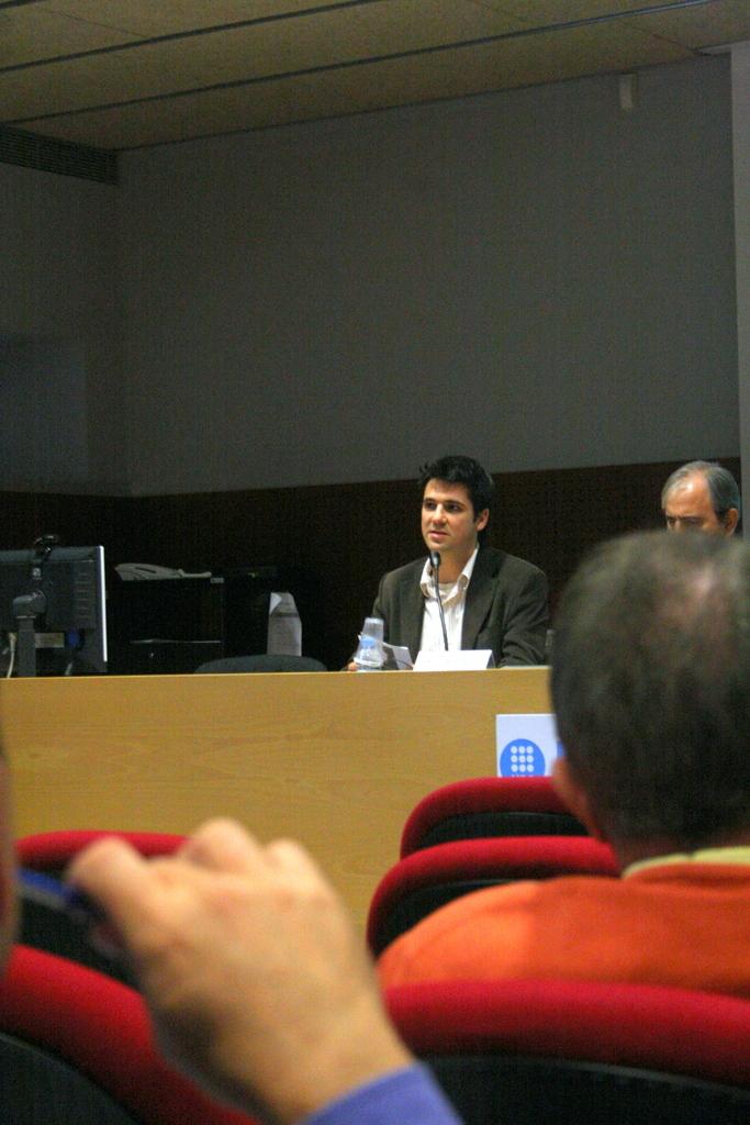 20111123_SemCiencia2011_SmartCities_EETAC+085.jpg