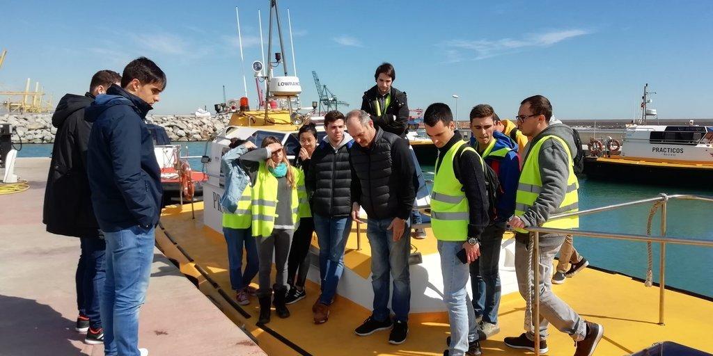 Estudiants de visita a la Corporación de Prácticos de Puerto de Barcelona.. 2019.