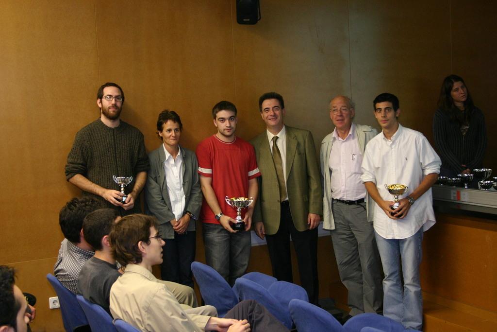 2004-10-27+Premis++Univers+Esports04+(8).JPG