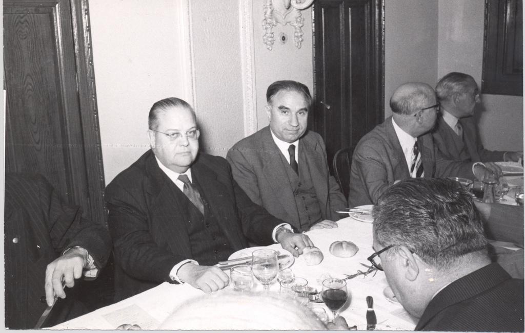 15-Banquet4.jpg