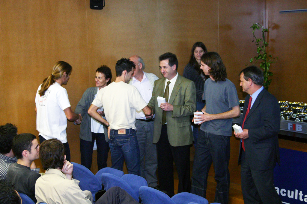 2004-10-27+Premis++Univers+Esports04+(5).JPG