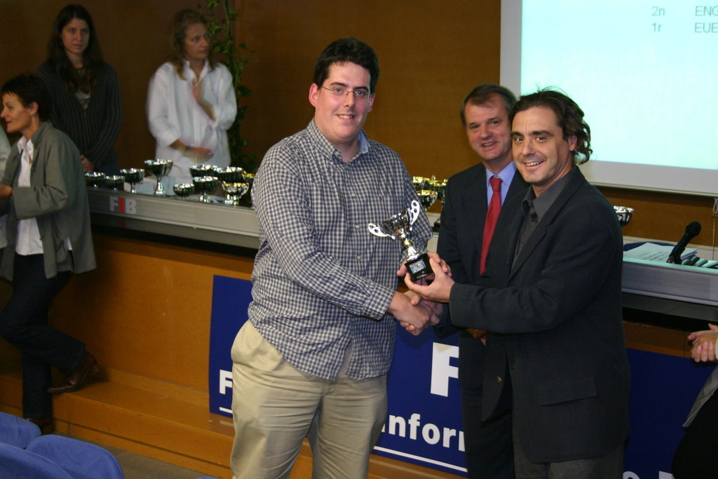 2004-10-27+Premis++Univers+Esports04+(17).JPG