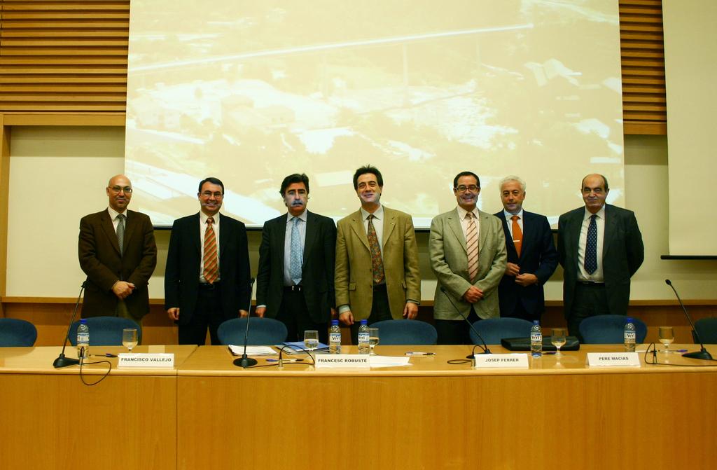2004-04-23+Presentació+Càtedra+ITER+(18).JPG
