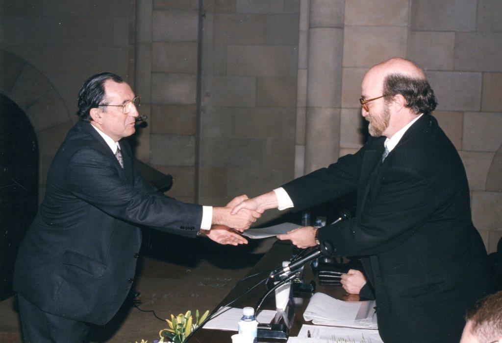 1997004.jpg