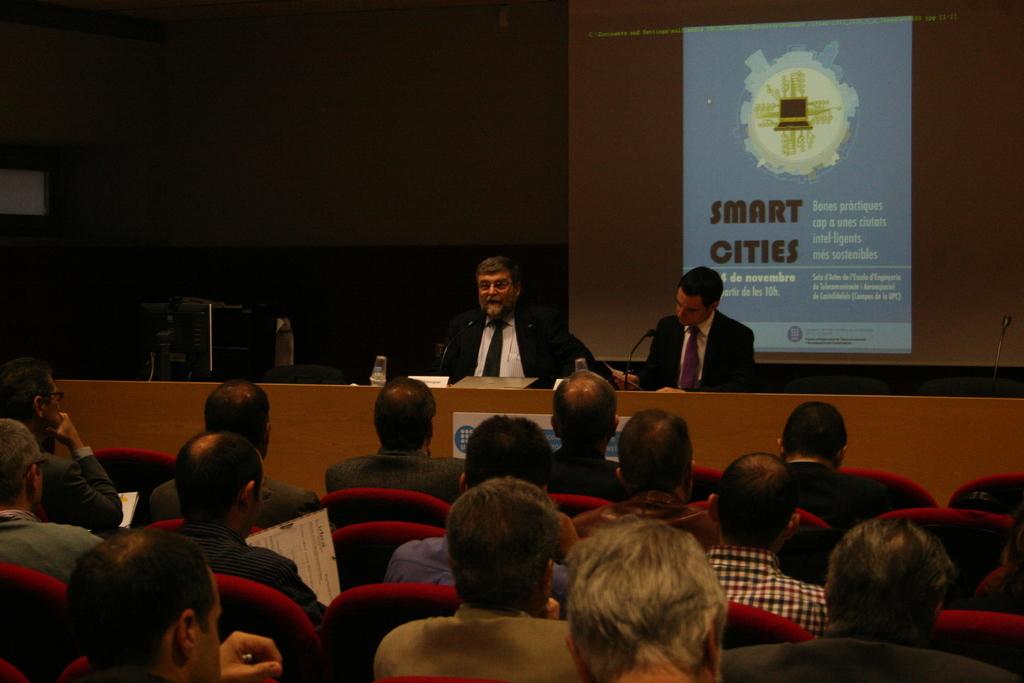 20111123_SemCiencia2011_SmartCities_EETAC+015.jpg