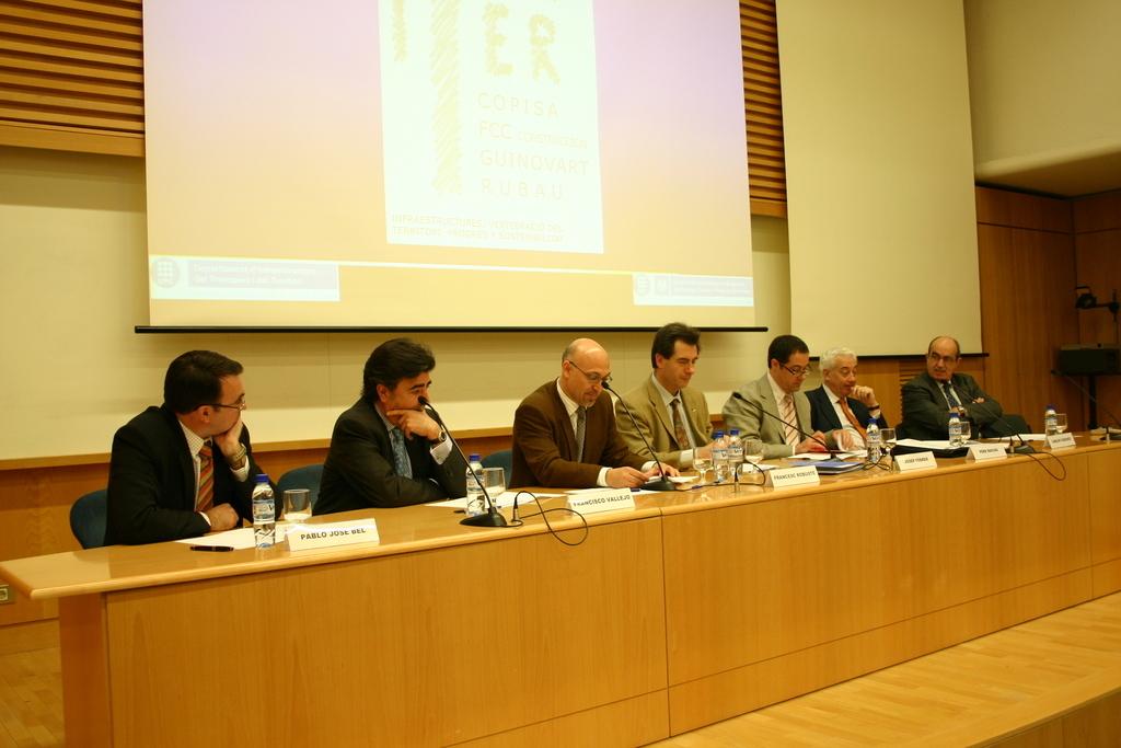 2004-04-23+Presentació+Càtedra+ITER+(3).JPG