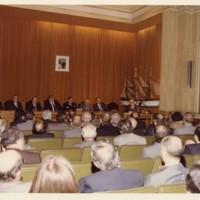 Pla general de la Sala d'Actes durant els parlaments del 50 aniversari de la Facultat de Nàutica de Barcelona.