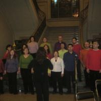 Actuació musical d'un grup de Gospel a l'escala del hall durant els actes del 75 aniversari de l'edifici. 2007.
