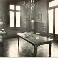 Sala de professors de la Escuela Oficial de Náutica de Barcelona. 1932.