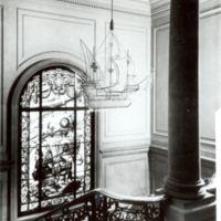 Detalls decoratius des del primer pis de la Facultat de Nàutica de Barcelona